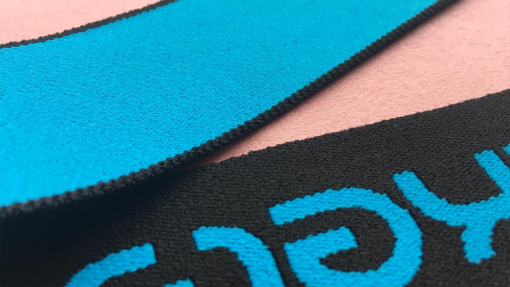 Голубая резинка высокое качество печати